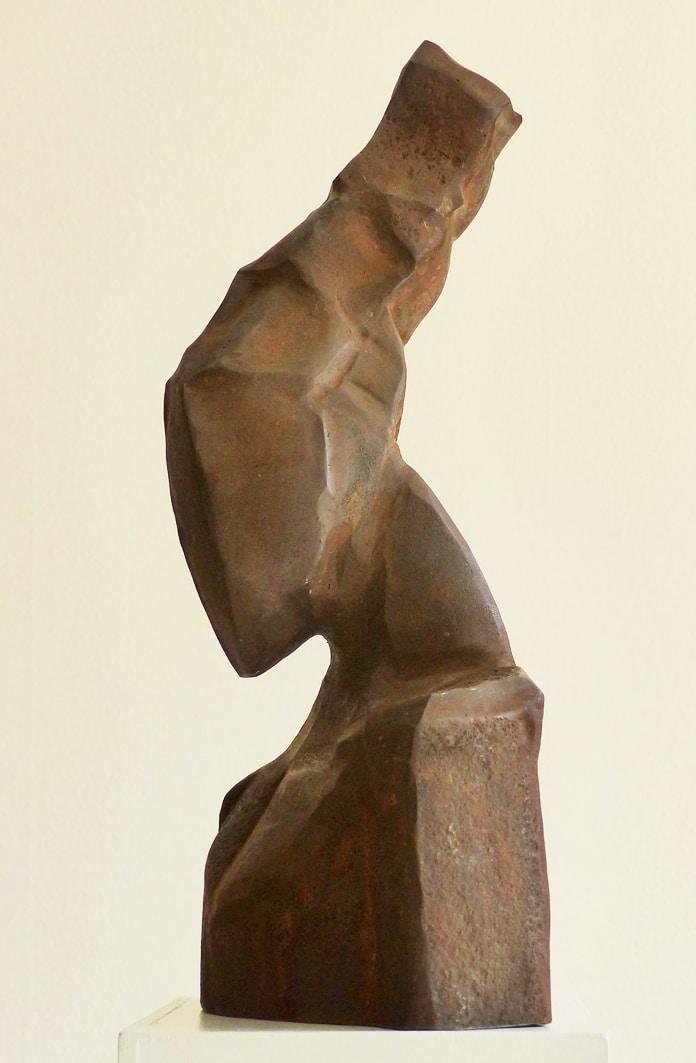 Chris-Kircher-Skulptur-aus-Stahl-Maedchenkopf-2