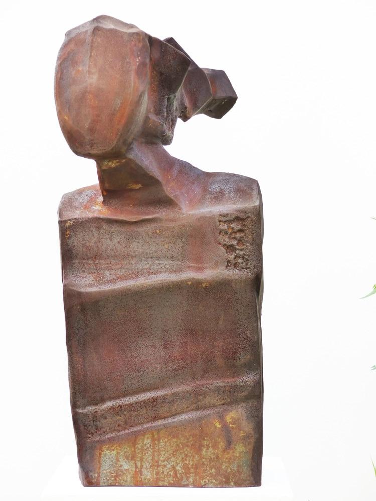 Chris-Kircher-Skulptur-aus-Stahl-Maedchenkopf-3