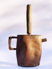Chris Kircher, Skulptur aus Stahl, Teekanne 2