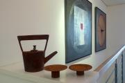 Chris Kircher, Skulptur aus Stahl, Teekanne mit Tassen